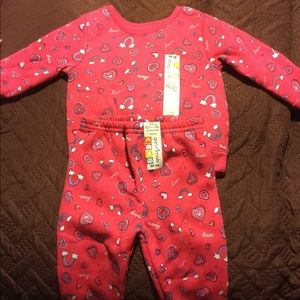 Baby clothes varies sizes.